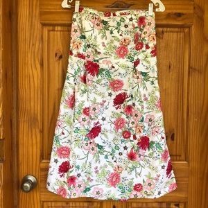 🌸🌺BEAUTIFUL STRAPLESS FLOWER DRESS🌺🌸SIZE 10